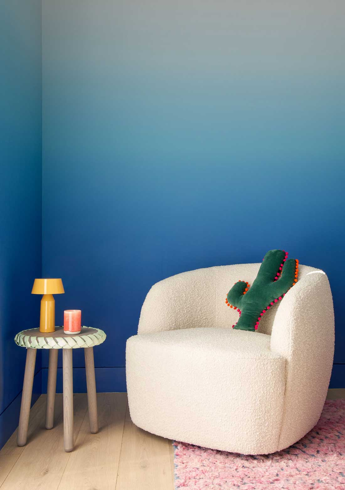 Alison Damonte Elevated Mood - chair and table