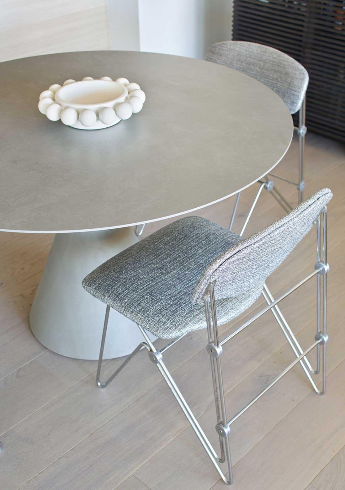 Long Bridge - table